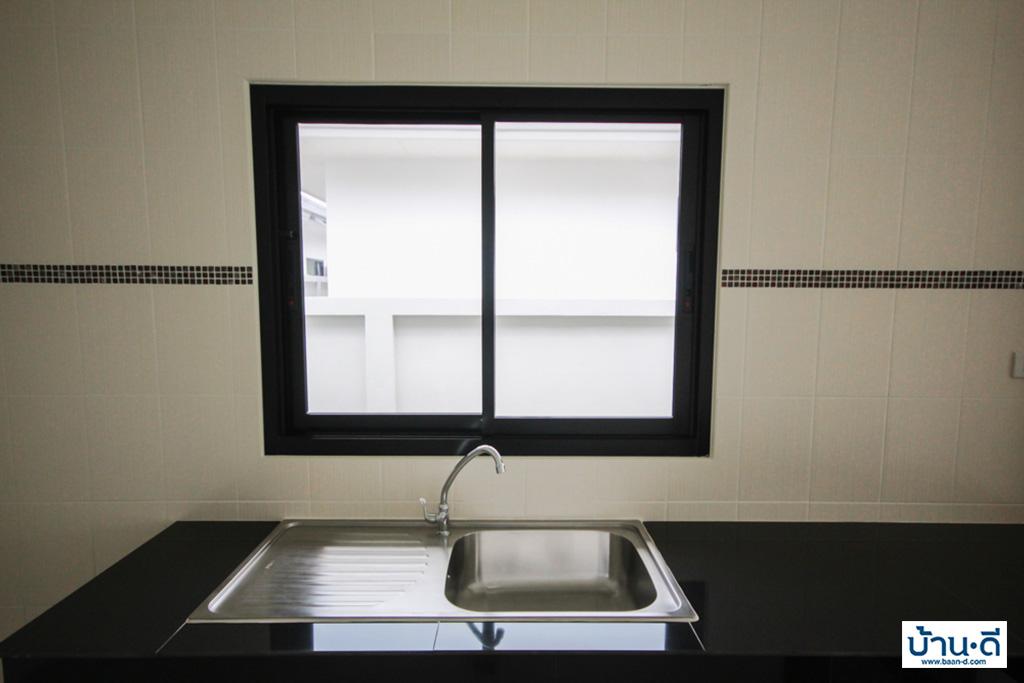 สายลมเย็น-ห้องครัว-6
